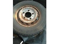 Nissan cabstar alloys 4 rims tyres sizes in description