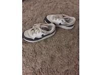 Toddler size 9.5 trainers