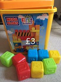Kid's mega blocks