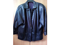 Ladies black leather jacket - size med (14-16).
