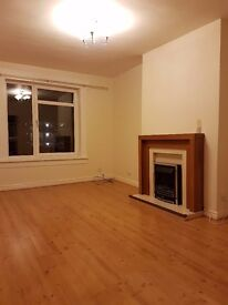 Lovely 3 bedroom flat in Knightswood for rent
