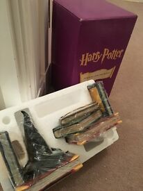 Harry Potter guessing hat book ends