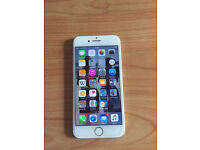 AS NEW CONDITION Apple iPhone 7 128GB White/Silver - FACTORY UNLOCKED - Boxed with all accessories