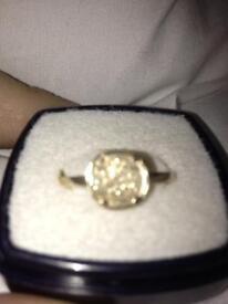 9 carat gold coin ring (VINTAGE)
