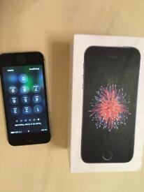 IPhone SE. 16GB. Space Grey. Unlocked.