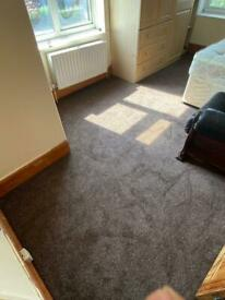 Semi-Double Room to Let