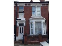 ** 4 DOUBLE BEDROOM, LARGE STUDENT PROPERTY TO LET** £350PPPM FULLY FURNISHED, GREAT CONDITION