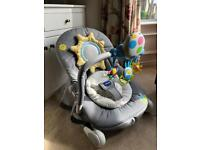 Chicco balloon rocker vibrating baby chair - like new