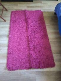 pink/magenta rug 155cm x 85cm