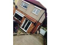 3 Bedroom house to let semi