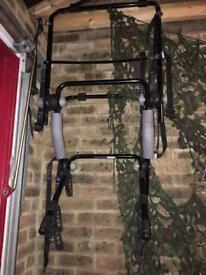 Thule bike rack - holds 3 bikes