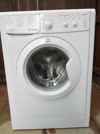 Indesit IWC91482 washing machine