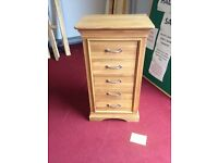 BRAND NEW 5 DRAWER SOLID OAK TALLBOY