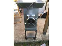 For sale mincer machine