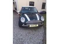 Breaking 2001 R50 Mini Cooper British Racing Green