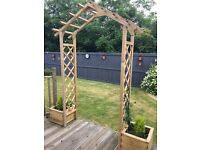 Wooden archway with planters,brand new,easy assembly,pick up only peterhead