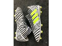 Junior Adidas Nemeziz 17.3 Football Boots Size 4