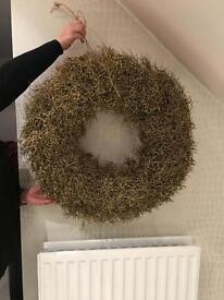 Glitzy Gold Wreath