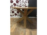 Solid Oak Round Dining Table Excellent Condition