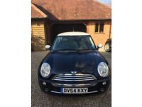 Black Mini Cooper 1.6 petrol