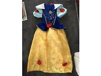 Girls Snow White dress age 8-9