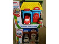 LITTLE TIKES POST OFFICE & POLICE STATION NEW