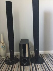 LG speakers, set of three. Approx 110 cm tall.