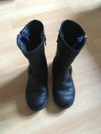 Clarks boots size 9