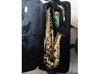 Saxophone in case in vgc ready to play