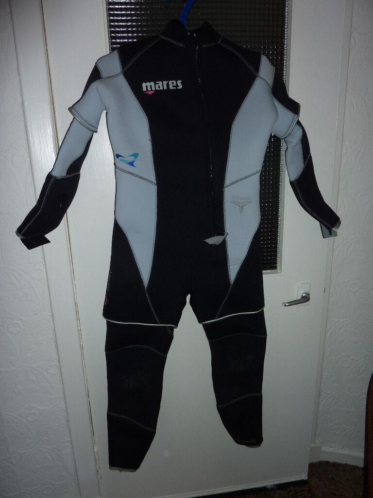 64f6306351 Mares Ladies Scuba Diving Wet Suit Set 5mm 2 Piece Semi-Dry Size 4 (UK14)  BNWT