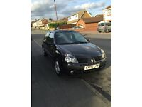 RENUALT CLIO DYNAMIQUE, PERFECT FIRST CAR, LOW MILEAGE, RUNS PERFECTLY