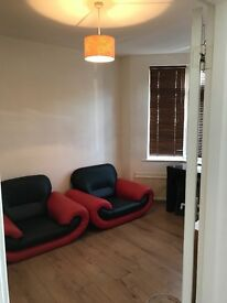 3 / 4 Bed Beautiful & Spacious House in Central Grays RM17