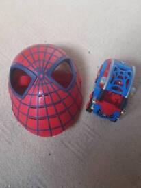 Spiderman hard mask and vehicle with mini figure