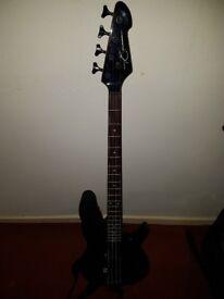 Peavey Millenium BXP 4 string bass guitar