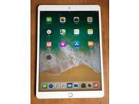 "Apple iPad PRO 10.5"" NEW 64gb + WiFi plus Apple Smart Keyboards plus Apple Pencil"