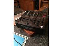 Pioneer djm 600 industry standard mixer