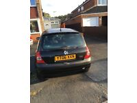 Renault Clio 3 doors, 1.2, brand new Tyres & battery, recently service done