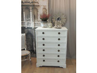 Beautiful shabby chic chest of 6 drawers by Eclectivo