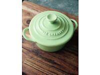 Le Creuset Small Light Green Ceramic Pottery Casserole Dish Pot with Lid