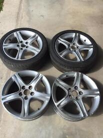 Lexus IS200/IS300 Toyota 17in alloy wheels.