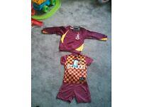 Bradford city kit and jumper