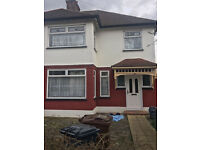 BEAUTIFUL 4/5 BED HOUSE IN Plaistow/Stratford (DSS WELCOME)