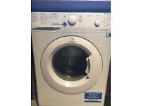 Indesit Washing Machine 7kg drum. Just a year old