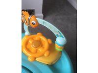 Nemo baby walker