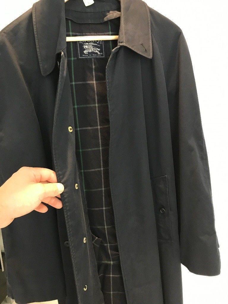 Genuine Vintage Burberry Classic Mens Mac Coat Raincoat Size 50, dark blue