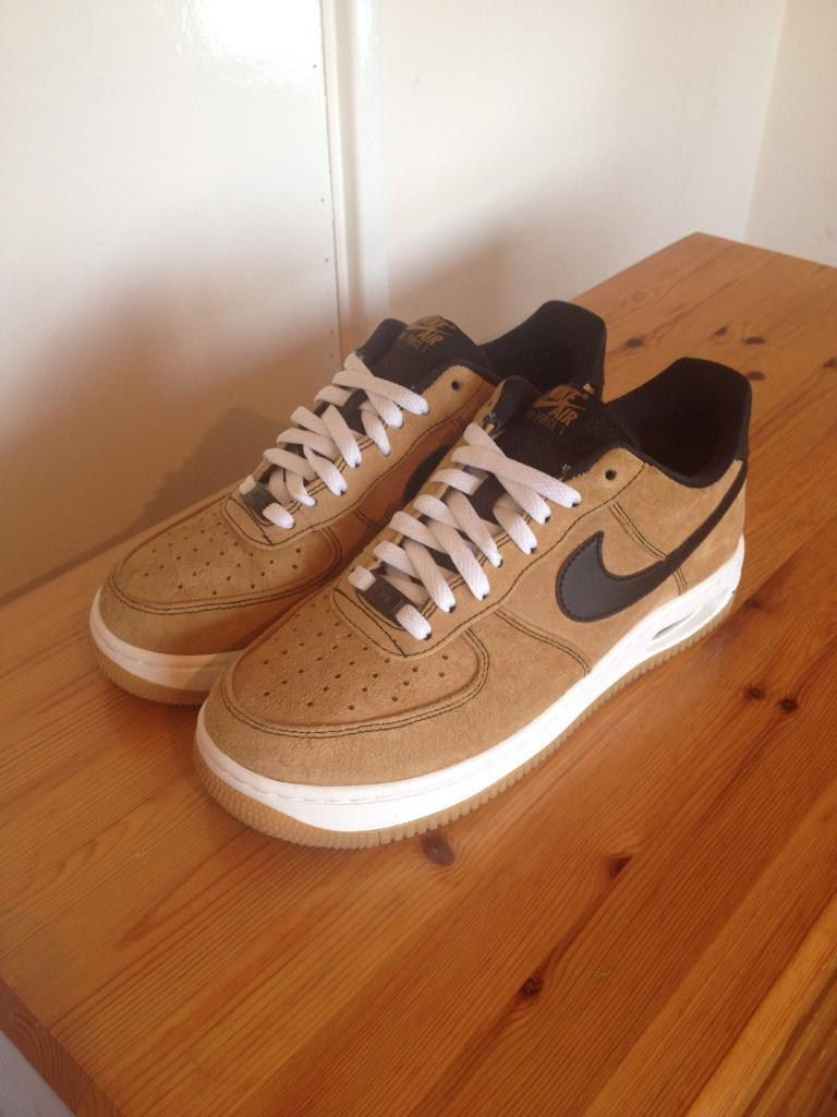 Air Force 1 - brown suede - size 7