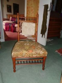 Small/child's chair 'maybe antique'