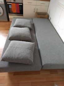 Bed Sofa with 3 pillows, really good condition.