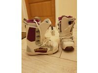 Ladies/child Rome smith snowboard boots size4.5