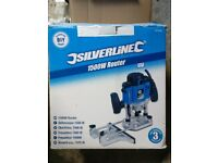 Silverline Tools 1500w DIY Plunge Router 1/2 inch and unused bit set